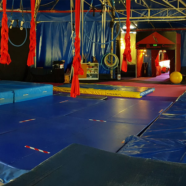 Chapiteau école du cirque Blaisoise